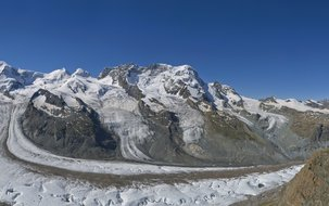 Panorama-Gornergrat-GGB-MGBahn (3'150 x 916 px / 2,21 MB) <a href='fileadmin/user_upload/Panorama-Gornergrat-GGB-MGBahn.jpg' download class='dlink'>Download Link</a>