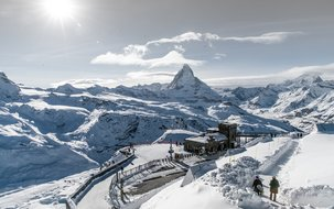 Station-Gornergrat-Winter-GGBahn (3'000 x 2'001 px / 3,34 MB) <a href='fileadmin/user_upload/Station-Gornergrat-Winter-GGBahn-2.jpg' download class='dlink'>Download Link</a>