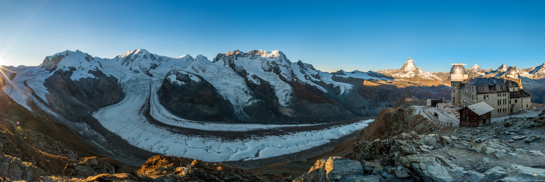 [Translate to French:] Panorama vom Gornergrat mit Gornergletscher